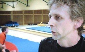 Der Kelmiser Jugendtrainer Nico Crott beim BRF-Interview.