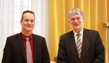 DG-Minister Oliver Paasch (links) mit dem Rektor der RWTH, Prof. Dr.-Ing. Ernst Schmachtenberg.