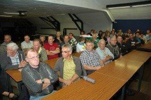 Versammlung der Bürgerinitiative im Jahre 2010 zur Neu-Ankurbelung des Projekts.