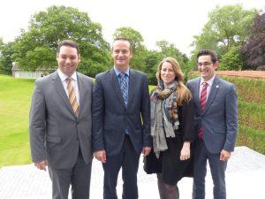 Antonios Antoniadis (rechts) und seine Ministerkollegen Harald Mollers, Oliver Paasch und Isabelle Weykmans (v.l.n.r.). Foto: OD