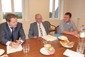Luc Frank (hier mit Robert Nelles und Mirko Braem). Foto: OD