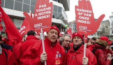 Dieses Archivbild zeigt Mitglieder der FGTB-CGSP bei einem Protest im März 2015 in Brüssel. Foto: Belga