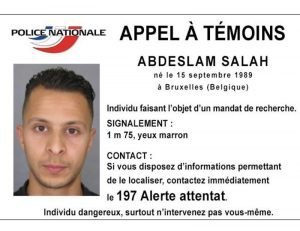 Das Handout der französischen Polizei zeigt Salah Abdeslam, der im Zusammenhang mit den Terroranschlägen in Paris gesucht wird. Foto: dpa