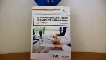 Das Cover des Leitfadens zu EU-Fördermitteln.