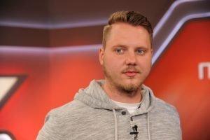 """Dominic Musa Schmitz, ehemaliger Salafist, zu Gast in der ARD-Talkshow """"Maischberger"""" am 11. Mai 2016 in Köln. Foto: dpa"""