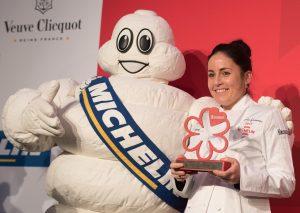 """Ricarda Grommes vom St. Vither Restaurant """"Quadras"""" bei der Vorstellung des """"Guide Michelin 2017"""" für Belgien und Luxemburg am Montag in Gent. Foto: Belga"""