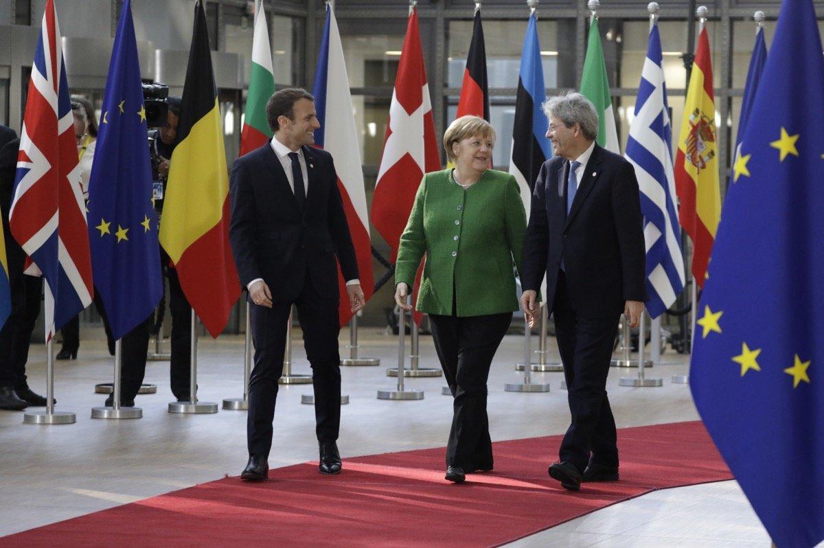 Merkel Sticht Mit Vorschlag Gelder Der EU An Aufnahme Von