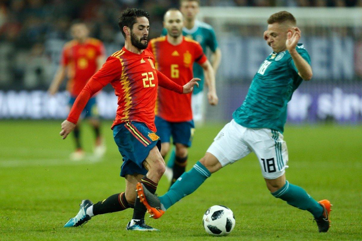 Deutschland Gegen Spanien 1 1 Kein Sieger In Dusseldorf Im