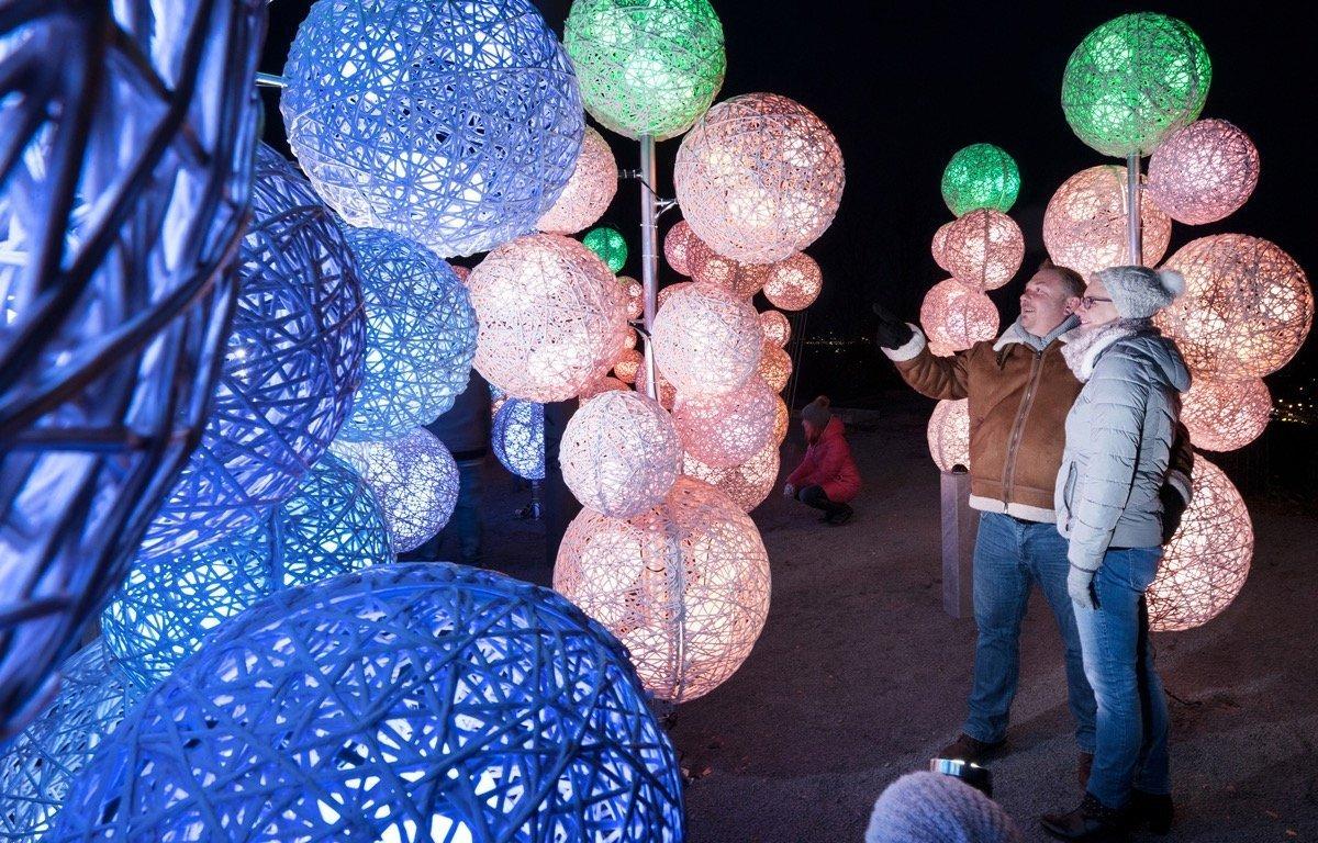 Hunderttausende Lichter zu Weihnachten: Hückelhoven setzt Bergehalde ...